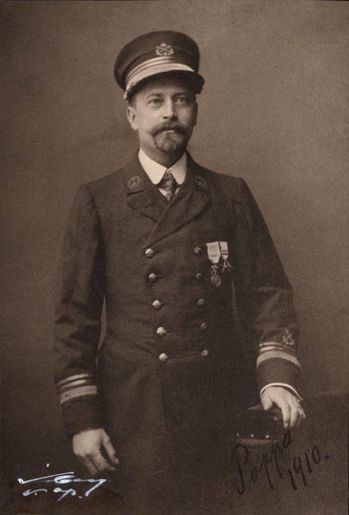 Fotografiporträtt av Gustaf Wilhelm Nilsson.