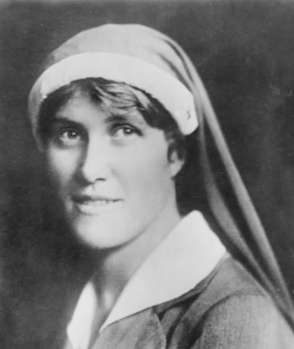 Elsa Brändström i sjuksköterskeuniform