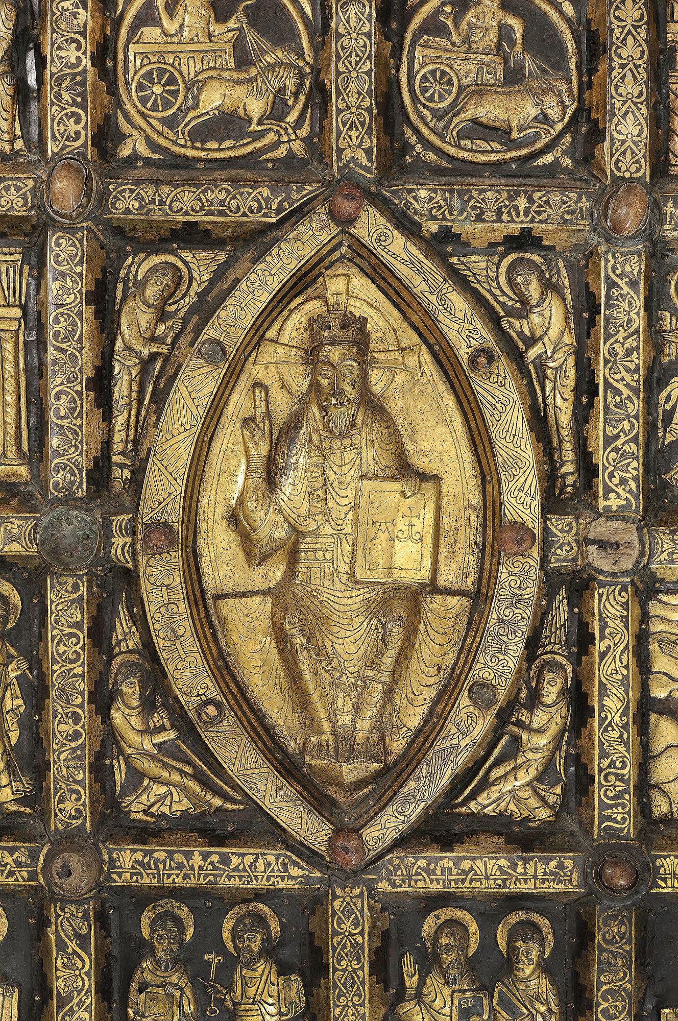 Detalj av Broddetorpsaltaret som visar Kristus på sin tron.