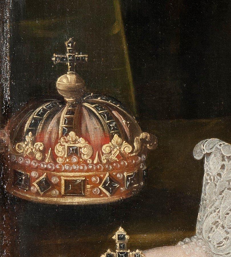 Detalj som visar en kungakrona.